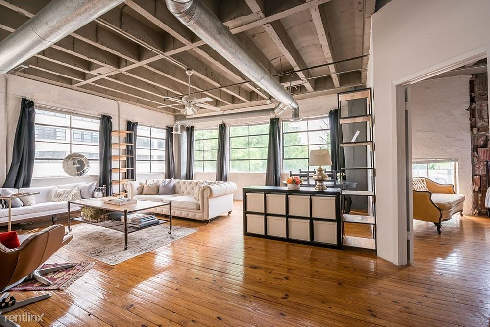 Lofts At 900 Peachtree Atlanta Ga College Student Apartments Atlanta Apartments Loft Apartment Luxury Loft