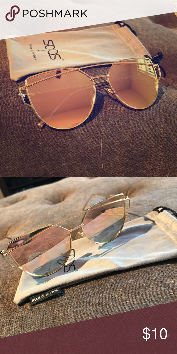 4bf7f9923 Sojos reflective rose gold sunglasses Super cute never worn sojos rose gold reflective  sunglasses! sojos Accessories Sunglasses