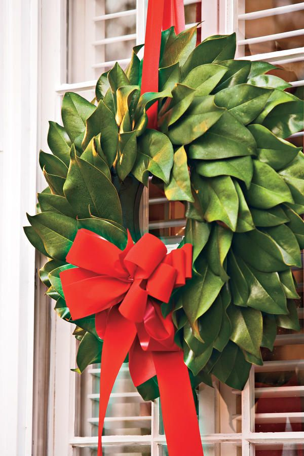 Photo of How to make a magnolia wreath