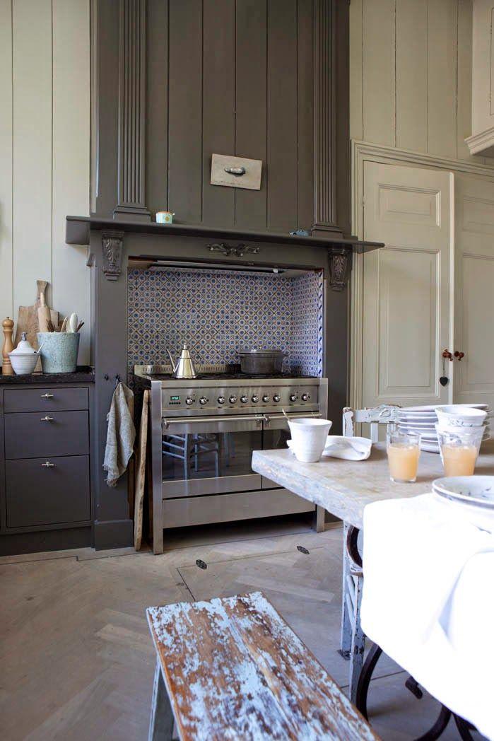 interior with images interior kitchen interior vintage kitchen on kitchen interior classic id=81100