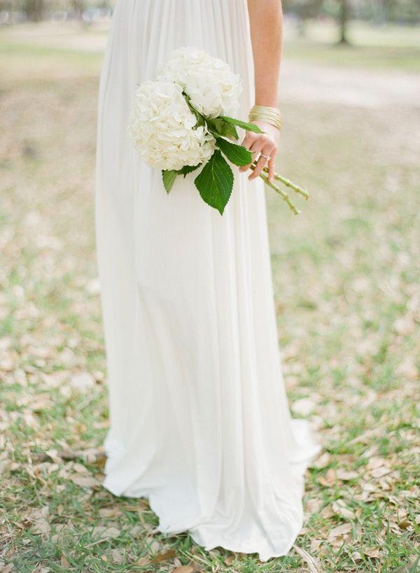 breathtaking white hydrangea bouquet | itakeyou.co.uk ...