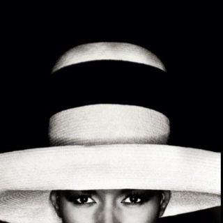 Grace Jones with hat, Los Angeles, 1991 Image by Greg Gorman