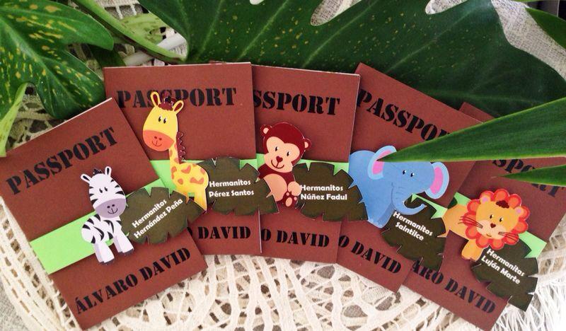 Invitaciones Tipo Pasaporte Con Tema De La Jungla Purpurita