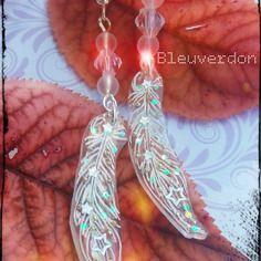 422 - boucles d'oreilles féériques plumes brillantes et étoilées