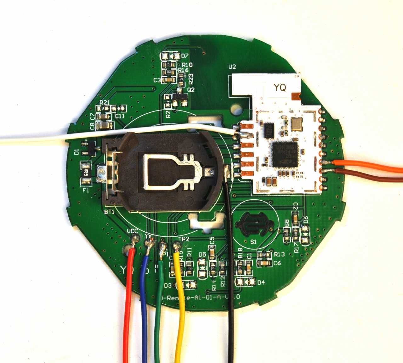 Die Grune Runde Platine Aus Der Ikea Tradfri Fernbedienung Smarthomeproject Arduino Projects Arduino Ikea