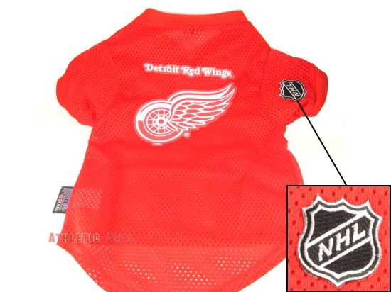 c9dfffa1a Isabel I Totally Thought Of You When I Seen This Detroit Red Wings Dog  Jersey   Athletic Pets