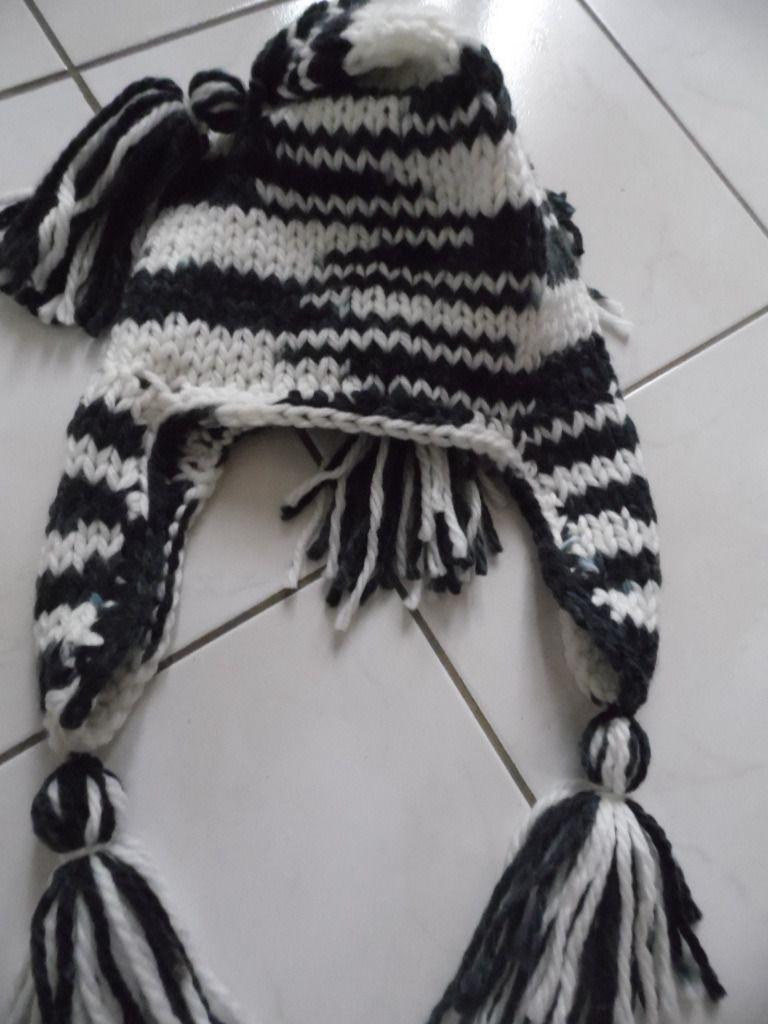 Bonnet péruvien noir et blanc acrylique : Chapeau, bonnet par annbcreation