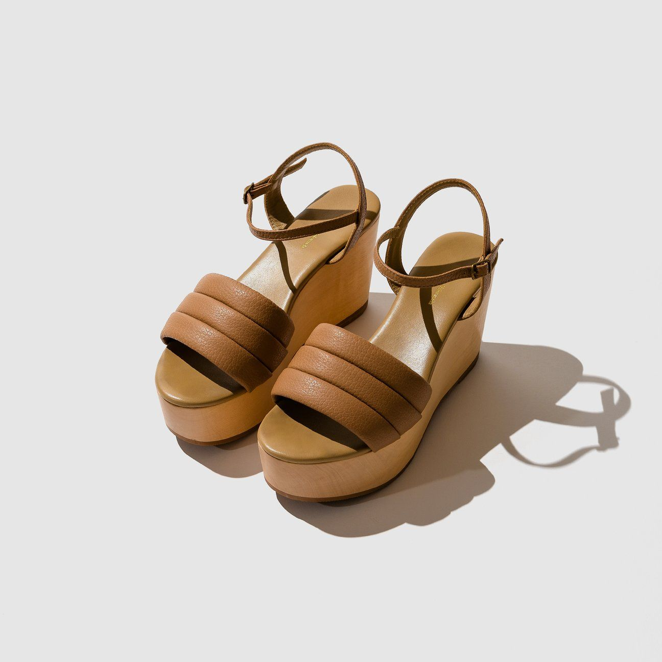 3f9a6ac06ecc Beatrice Valenzuela, Lambskin Leather, Black Pebbles, Black Wedges, Platform  Shoes, Fabric
