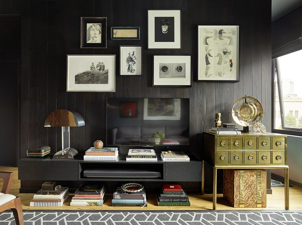 A Moody, Masculine Small-Space Apartment in San Francisco   Space ...