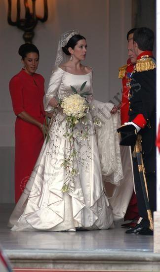 Queen mary of denmark wedding dress