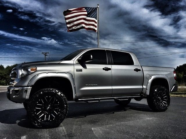 2016 toyota tundra custom lifted crewmax 4x4 v8 leather. Black Bedroom Furniture Sets. Home Design Ideas