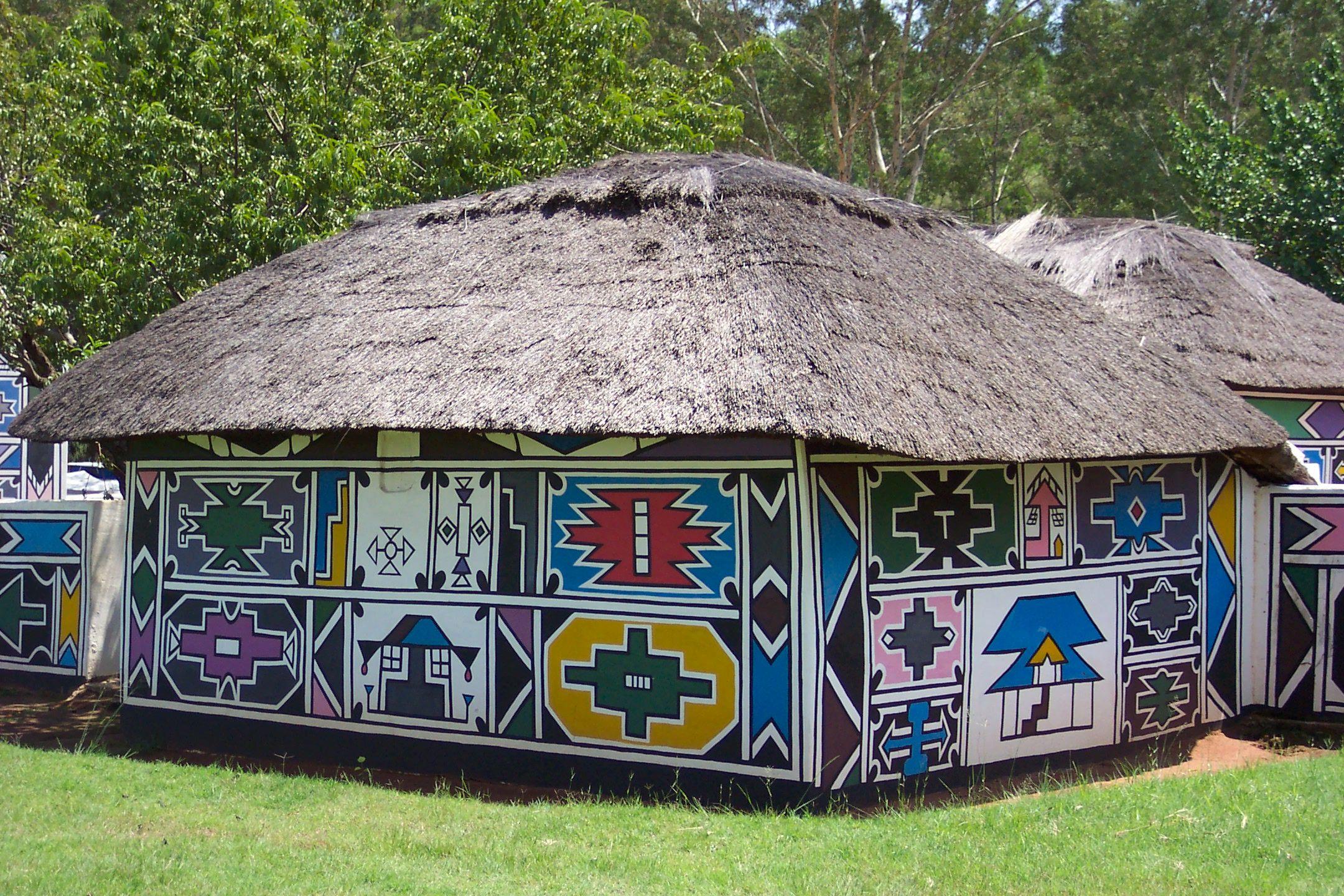 Ndebele art on pinterest 16 pins for Africa express maison des jeunes