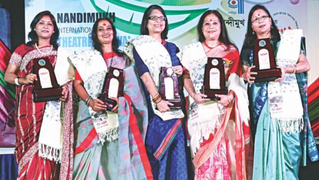 Five women theatre activists honoured in Chittagong