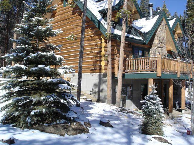 North Star Lodge Luxurious Log Home Furnished In Beautiful Lodge Decor Grand Lake Rustic Loft Luxury Log Cabins Log Cabin