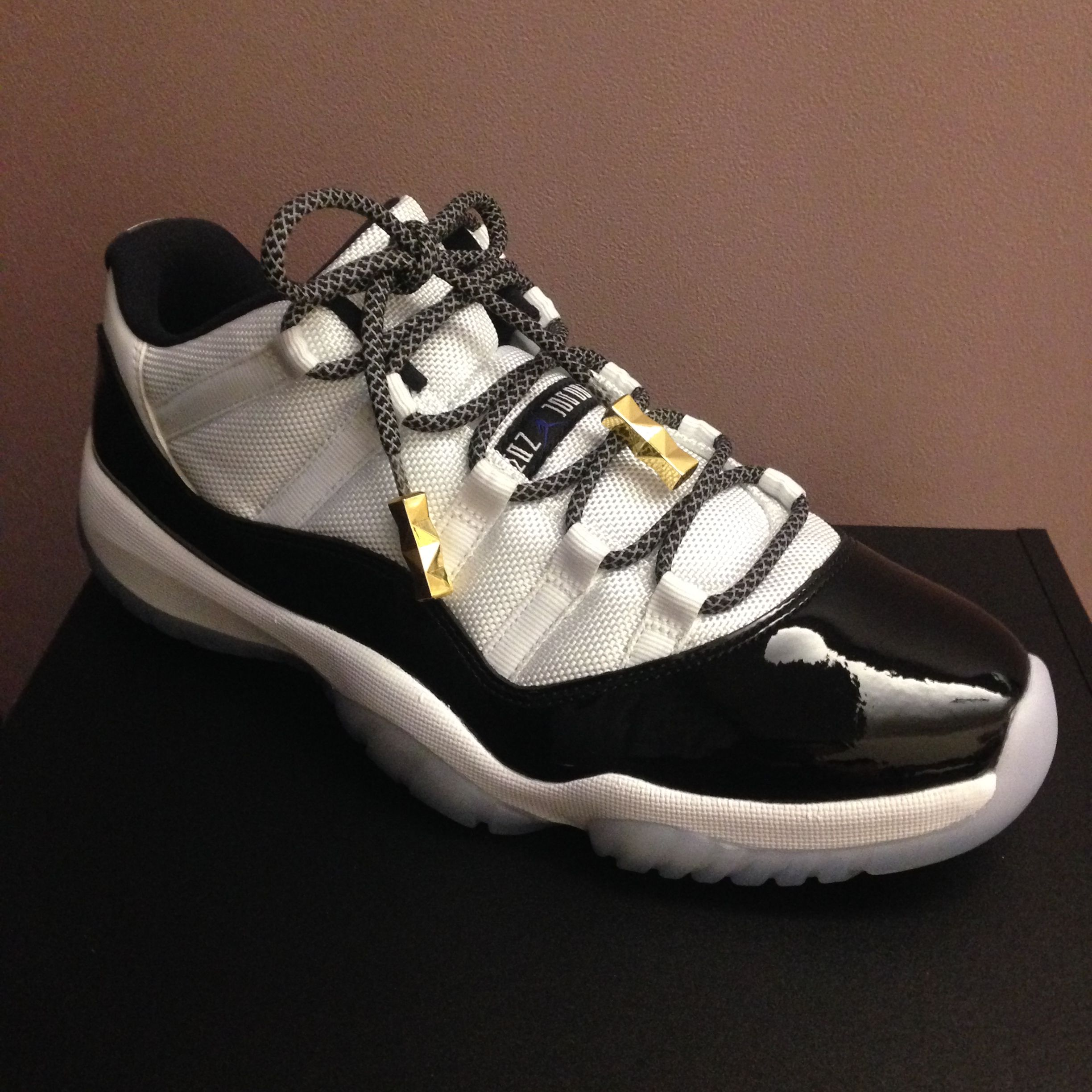 042e97e4940 Jordan XI Low Concord with Black Reflective Rope Laces and  Peanut  Gold  Tips