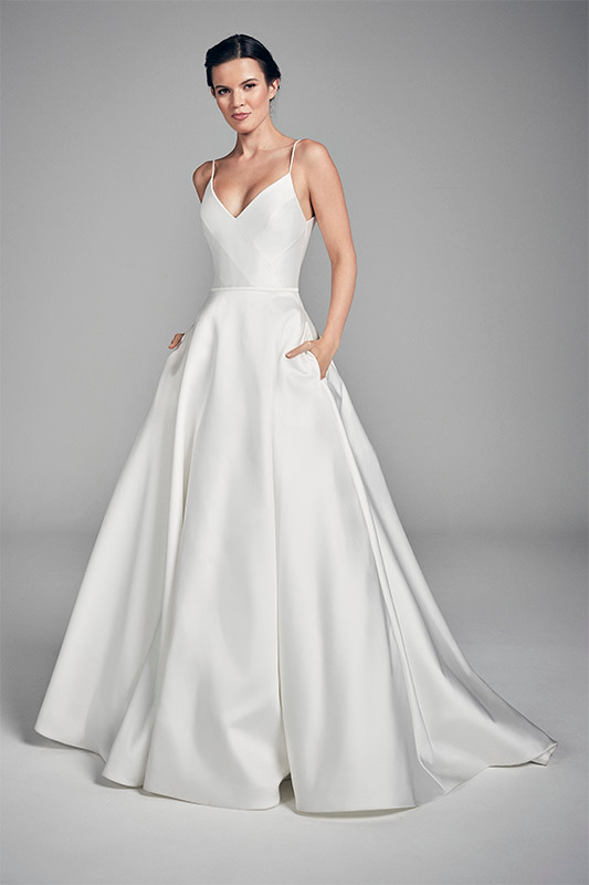 River Flores Collections 2020 Wedding Dresses Uk Suzanne Neville In 2020 Wedding Dresses Uk Wedding Dress Trends Suzanne Neville Wedding Dresses