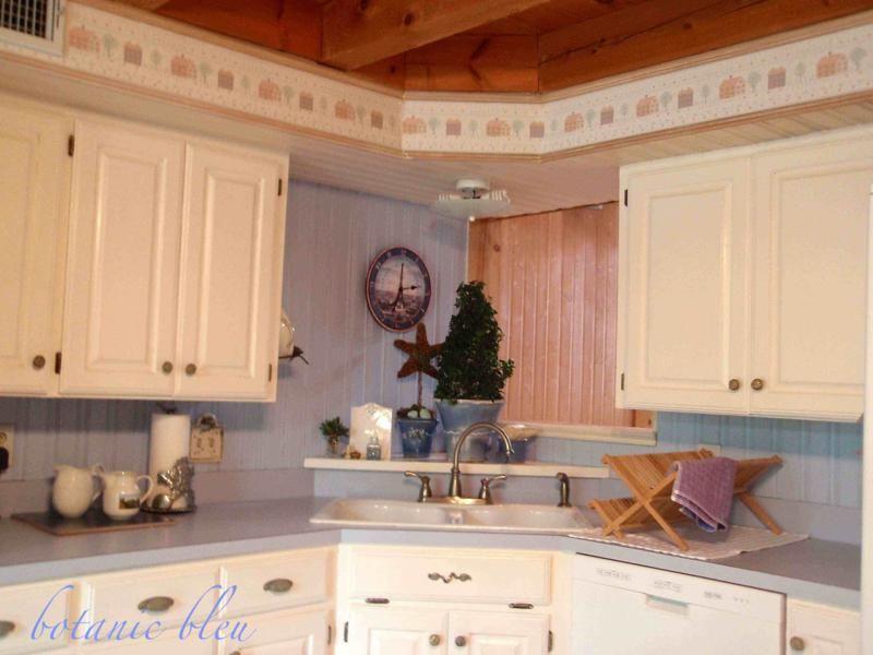 Ikea Design Kitchen Kitchen Sink Corner Recessed Lighting For Kitchen Ceiling 800x600 Kitchen Des Small Kitchen Tables Kitchen Cabinet Design Kitchen Ceiling