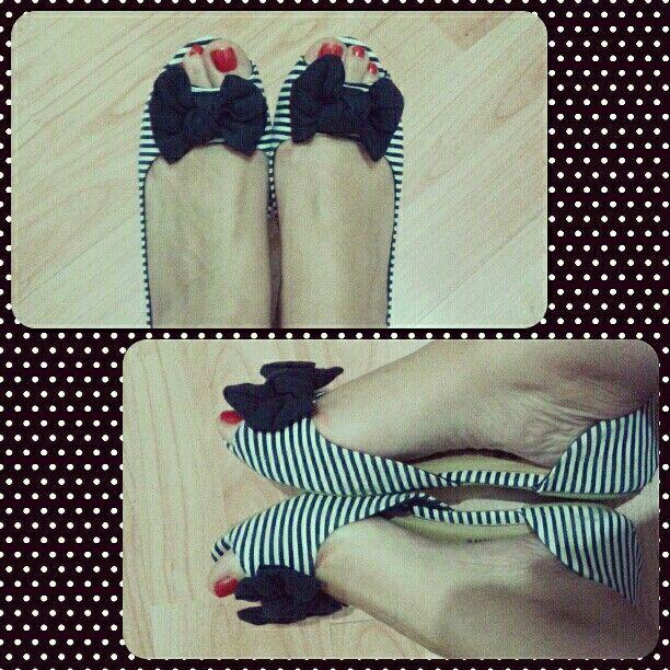 ::Navy ballerinas #stripes #navy #ballerinas #flats #shoes