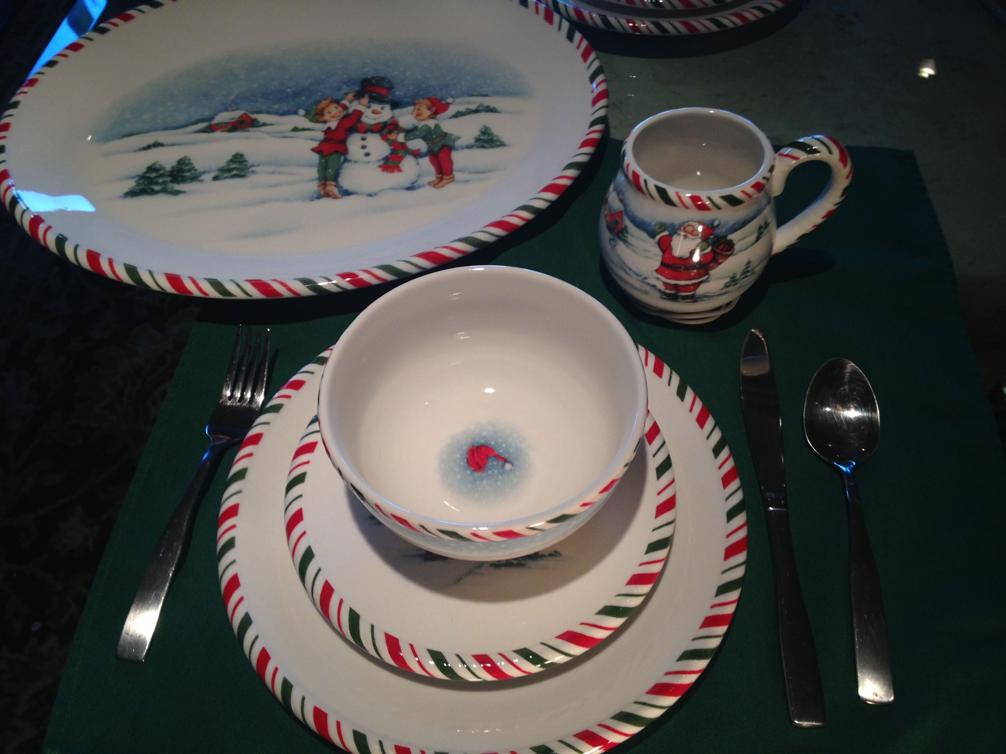 Kathy Ireland Once Upon A Christmas Collection From Macy S It Is Awesome Can T Wait For The Holidays Http Ww Christmas Dinnerware Kathy Ireland Christmas