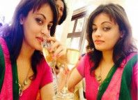 Sneha Ullal posed for the cameras with a glass of 'alcohol'. She posed for the cameras with a chota peg'. It is learnt that she was enjoying her time.....