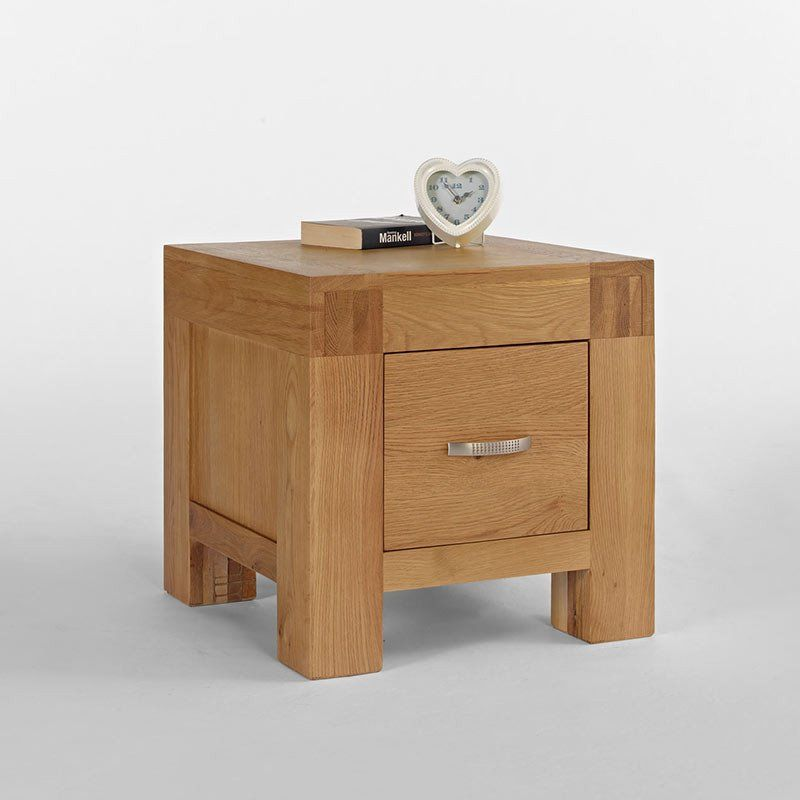 santanablonde oak lamp table with drawer