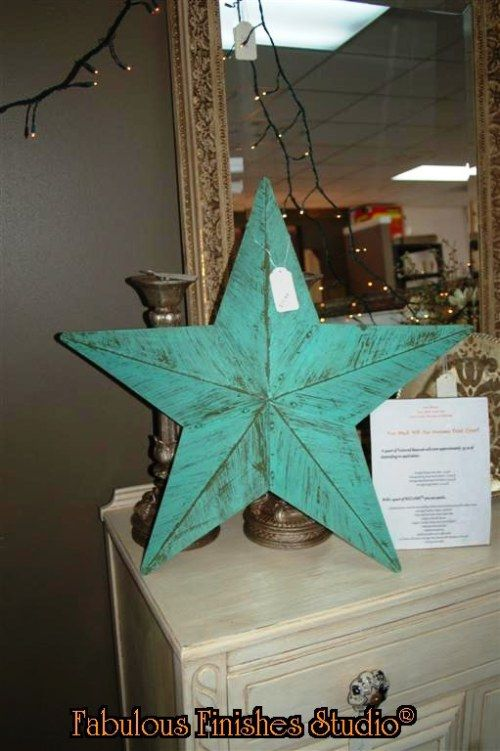 Painted Metal Star Chalk Clay Mineral