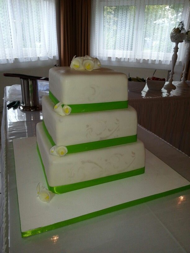 Eckige Hochzeitstorte Hochzeitstorte Eckig Pinterest