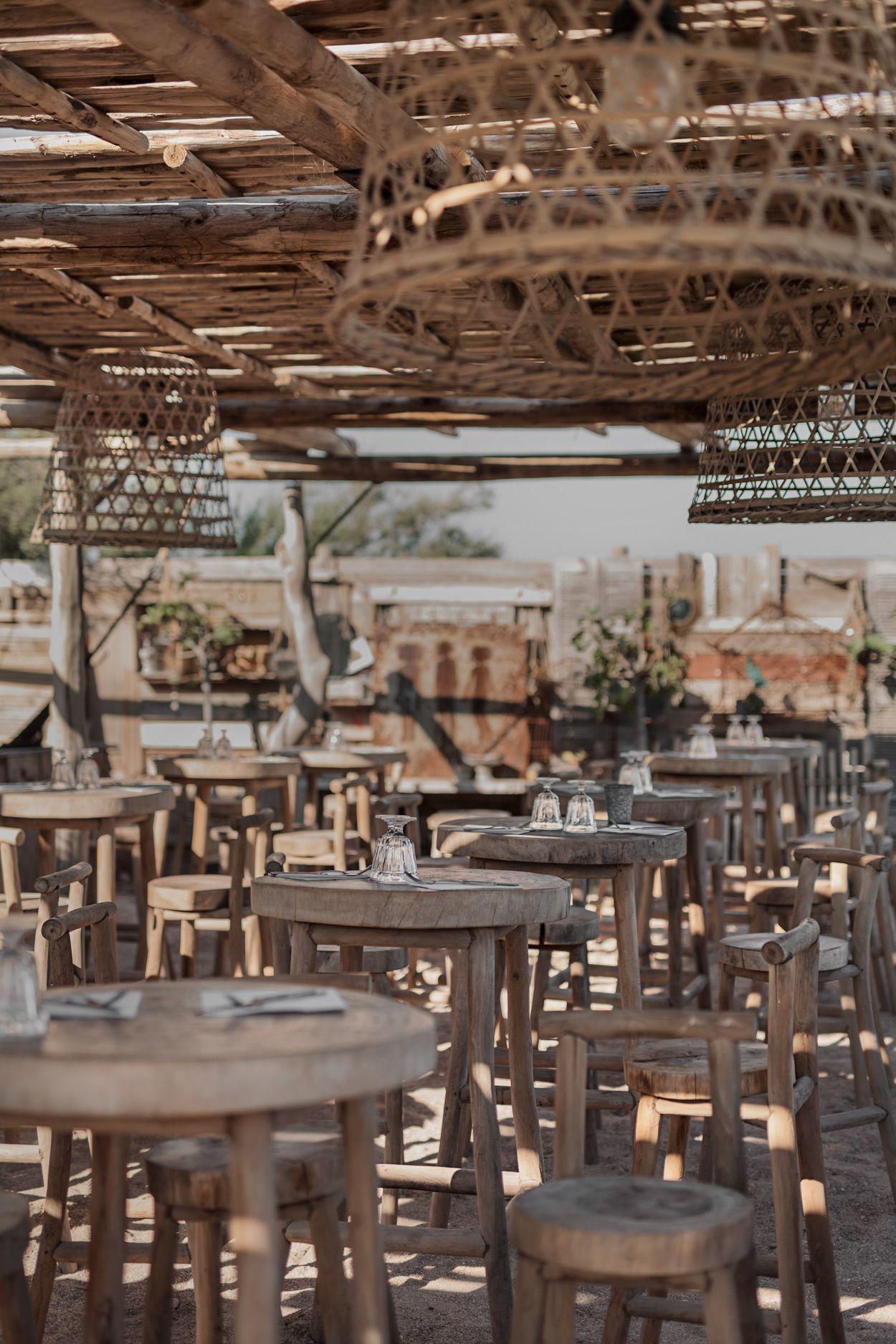 Bohemian Beach Bar Plage Bonaventure Interieur De Restaurant Bars De Plage Mobilier Restaurant