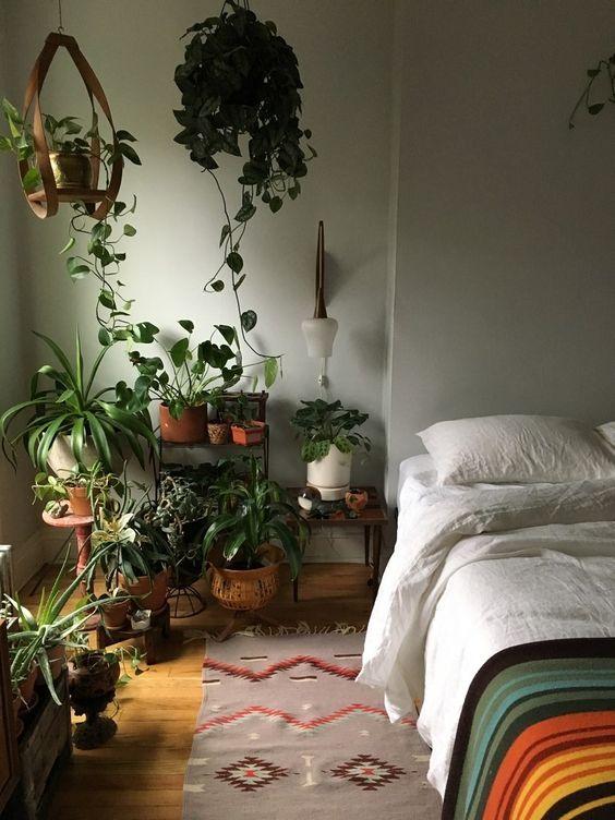 17 Amazing Plants Ideas In Bedroom Decor Indoor Plants Bedroom Aesthetic Bedroom Room Inspiration Bedroom