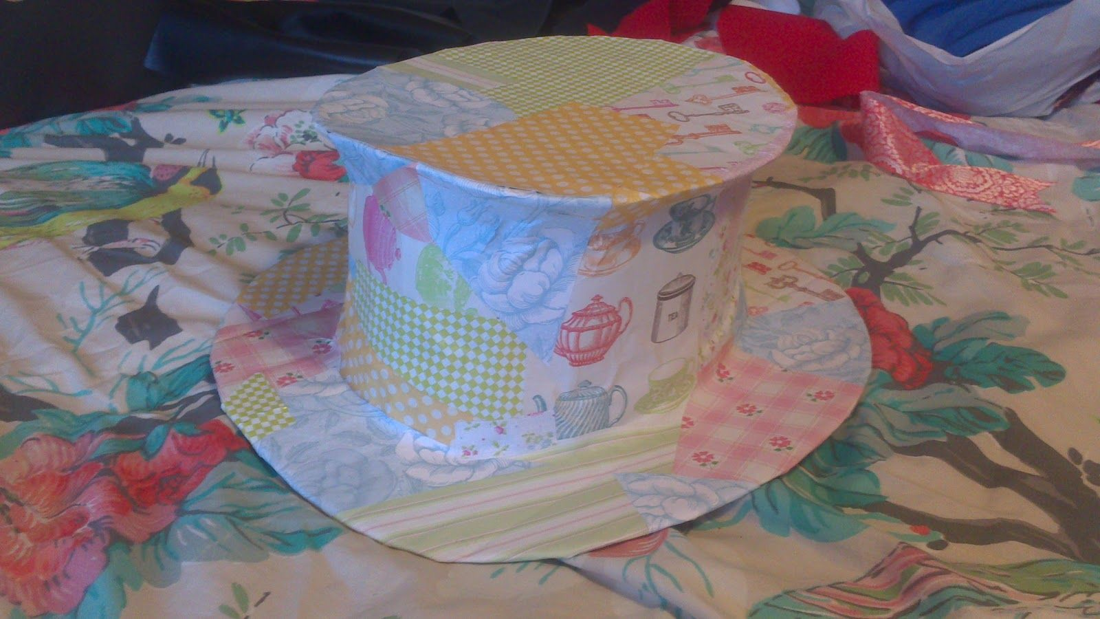 cardboard 'patchwork' top hat for a mad hatter's tea party