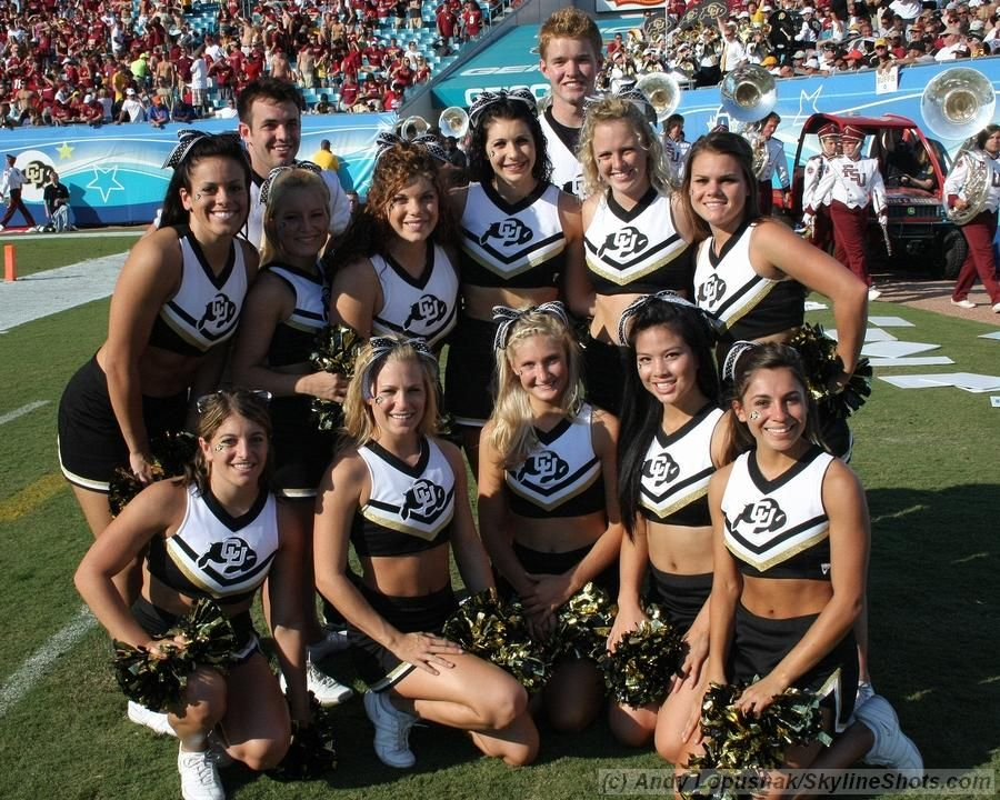 Colorado Buffaloes Cheerleaders University Of Colorado