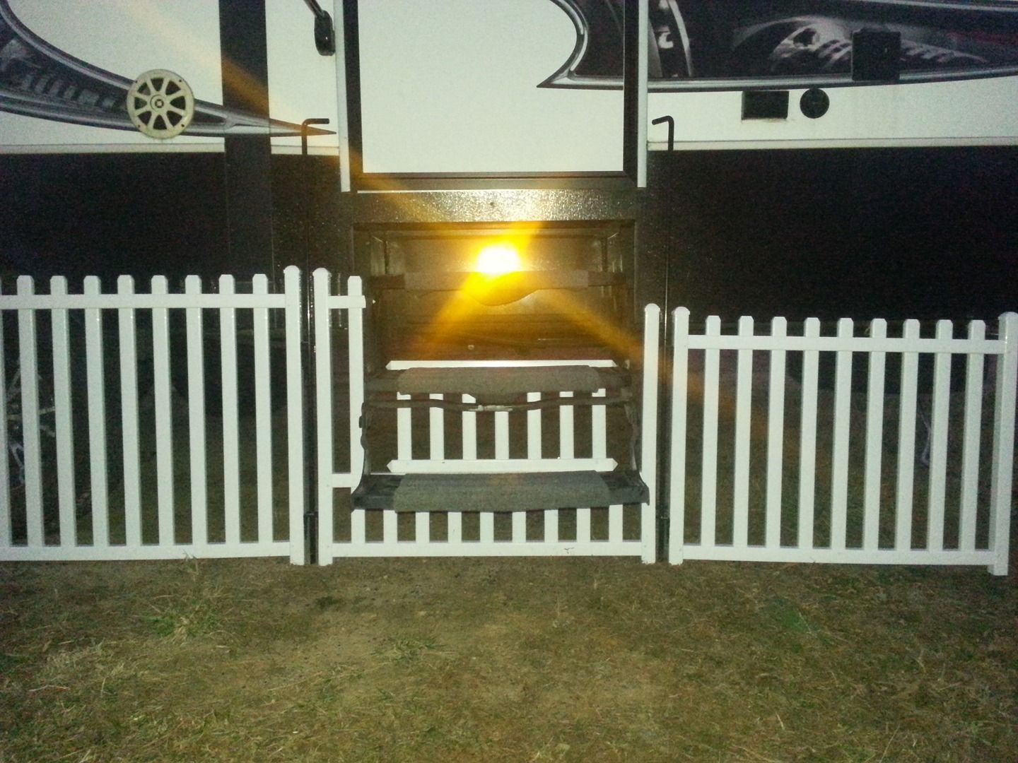 Picket Play Fencing Motor Home Redo Portable Dog Fence