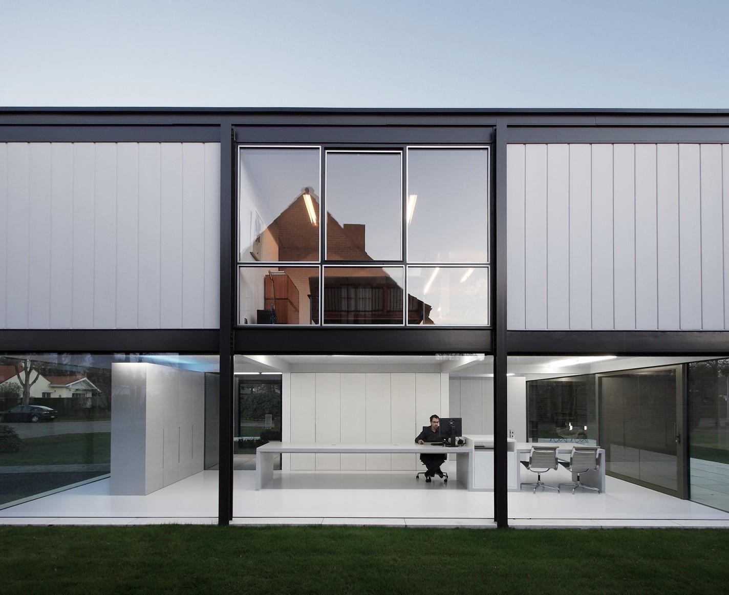 Zoersel House by Arjaan De Feyter Design Zine