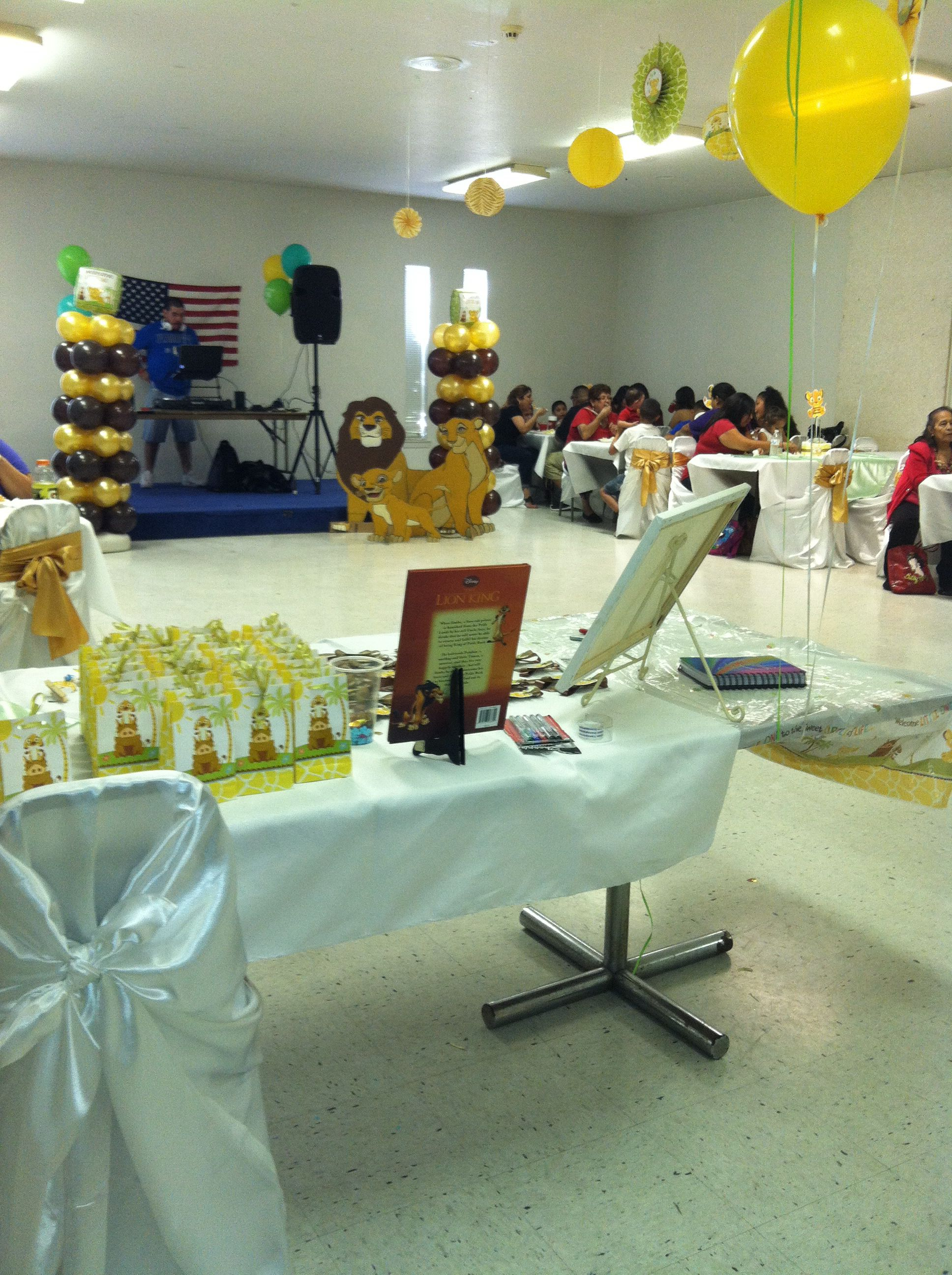 Simba Baby Shower Decorations