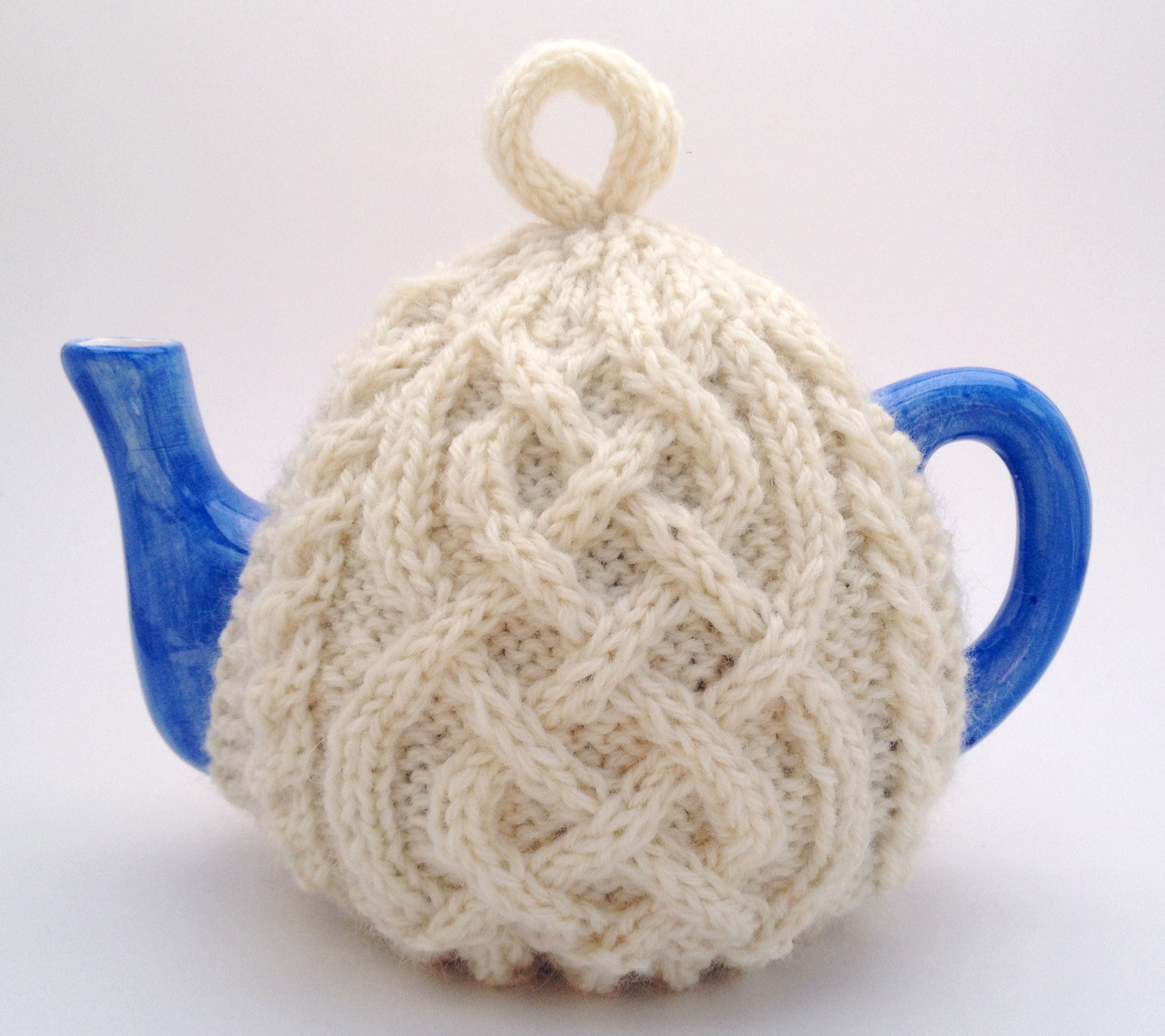 The ultimate irish knit tea cosy celtic knot knit tea cozy for the ultimate irish knit tea cosy celtic knot knit tea cozy for your teapot bankloansurffo Images