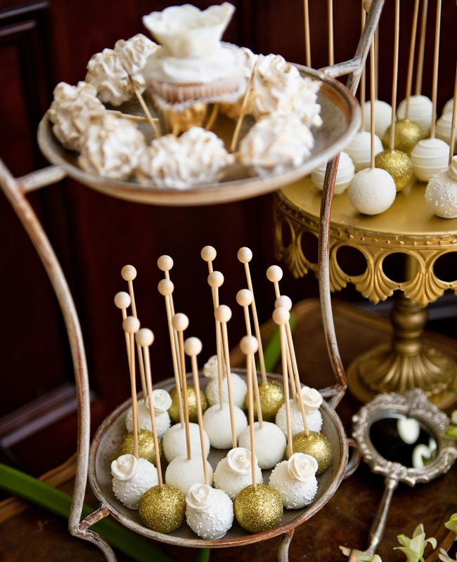 Elegant Gold and White Cake Pops | Ashley Therese Photography, LLC. | blog.TheKnot.com