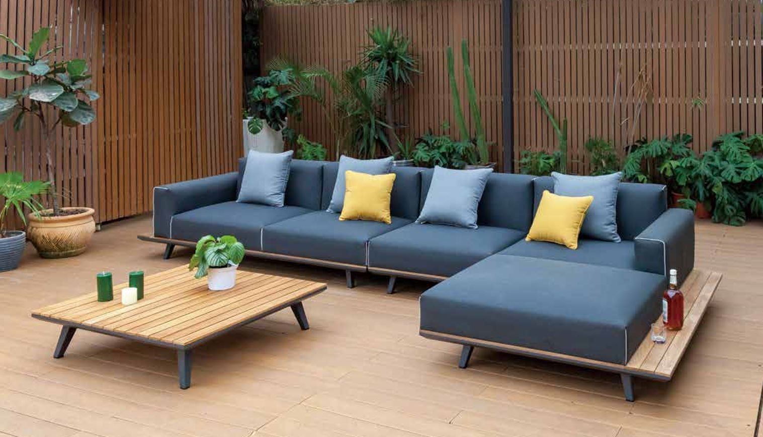 Beautiful outdoor sofa set from Mondecasa LOFT Collection