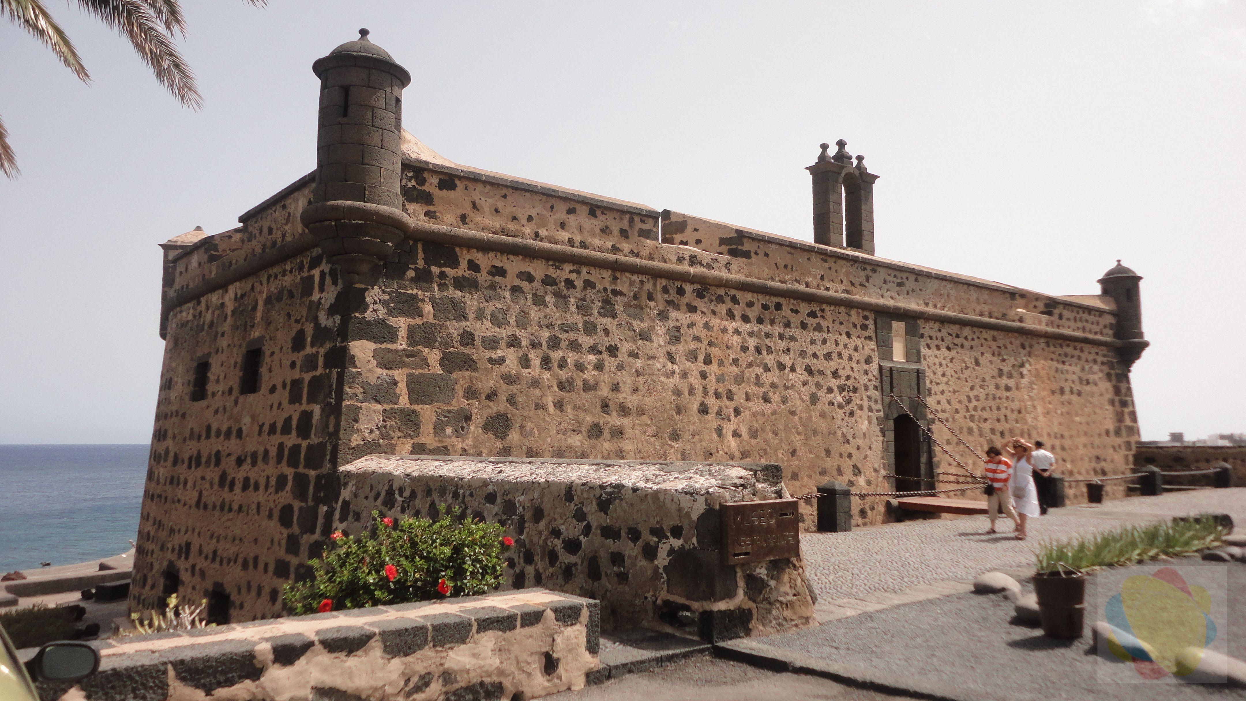 Centros Turisticos www.lanzaroteinternacional.com