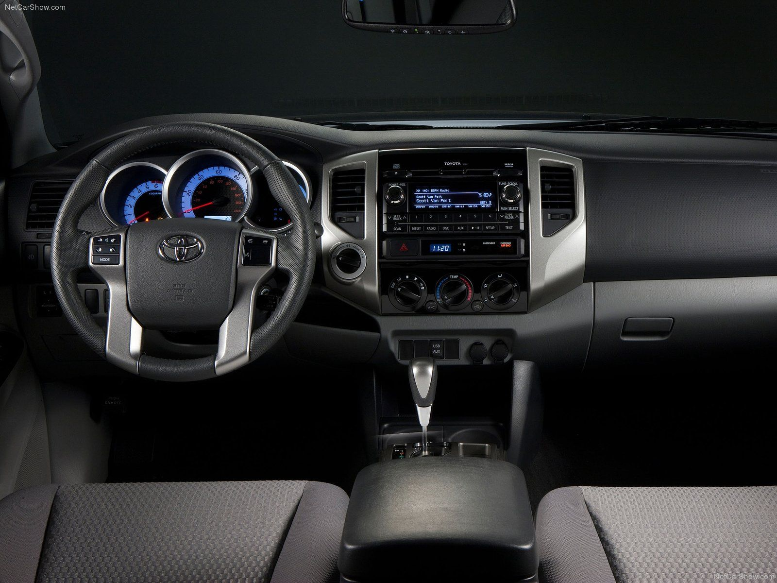 2014 Toyota Tacoma Interior Dashboard Photos
