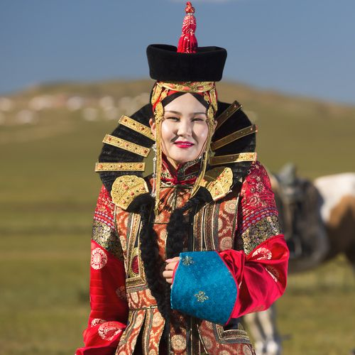 COSTUME PLANET: Deel : Mongol Traditional Clothing