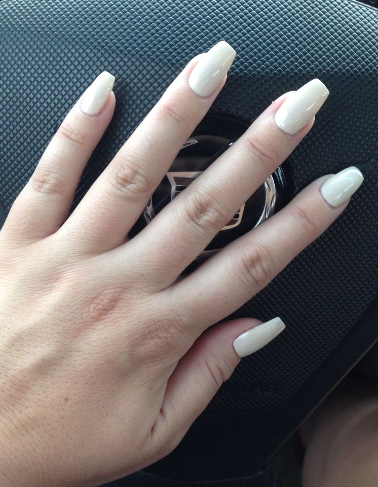 Short Off White Coffin Nails White Coffin Nails Short Coffin Nails White Acrylic Nails