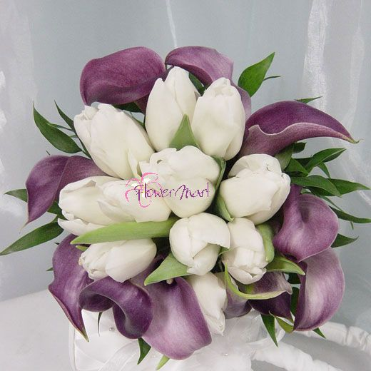 Tulips In Bouquets Weddingbee Purple Wedding Flowers Wedding Flowers Calla Lily Centerpieces