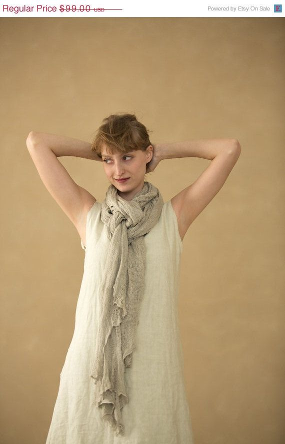 ON SALE women knitted scarf,gray knitting shawl op Etsy, £55.86