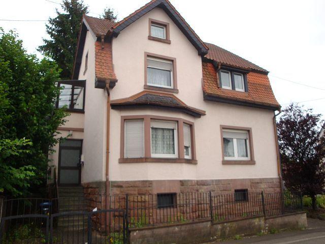 84.000EUR Freistehendes Ein-Zweifamilienhaus in Schiffweiler Schiffweiler  - my-next-home.de - mehr als Immobilien finden