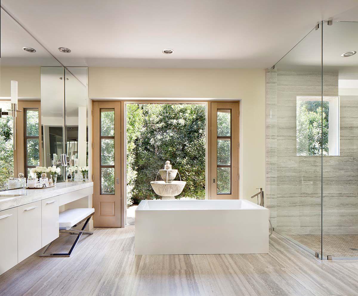 Northern Italian Style Villa Surrounded By An Inviting Desert Oasis Italian Style Home Italian Bathroom Design Italian Home Decor