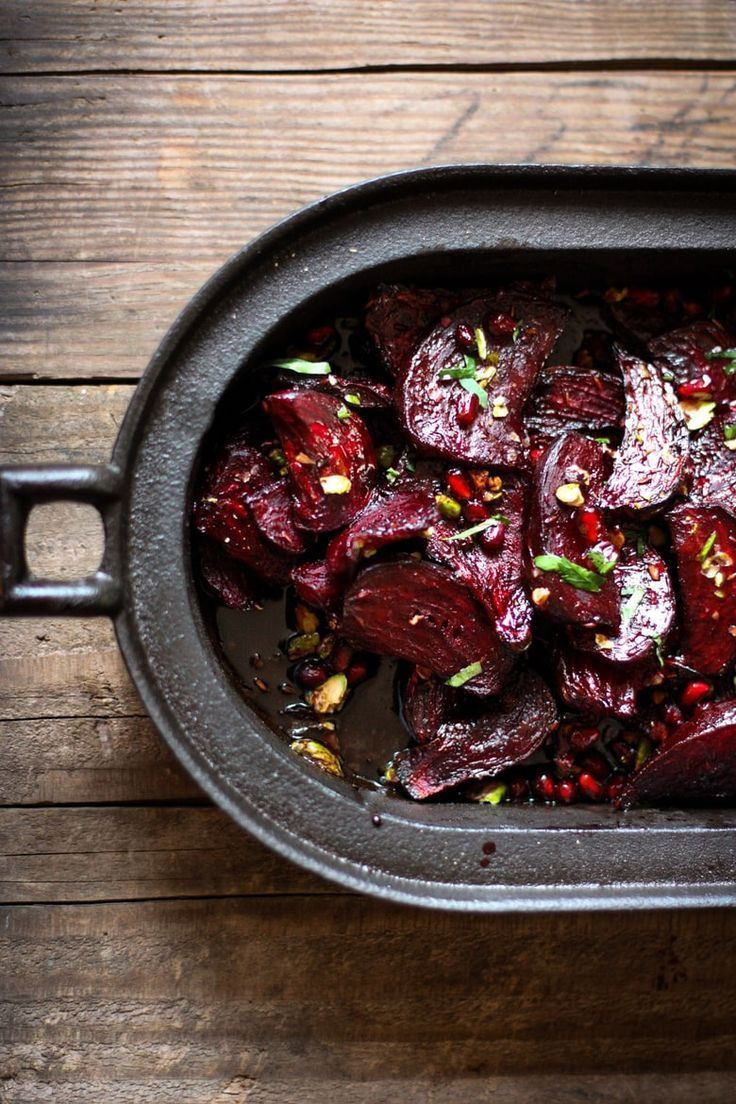 Roasted Beets with Pomegranate and Pistachio Delicious Moroccan Roasted Beets with pomegranate seeds, toasted pistachios, and a balsamic glaze.Delicious Moroccan Roasted Beets with pomegranate seeds, toasted pistachios, and a balsamic glaze.