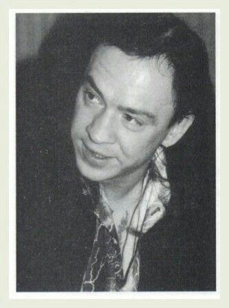 James L Dickerson