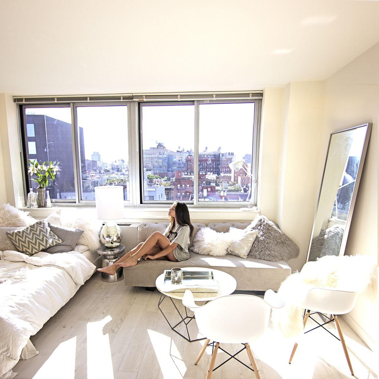 C l a s s y in the city | Studio apartment decorating, Apartment decor, Apartment interior
