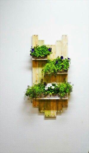 Jardinera colgante con madera Reciclada de pallet