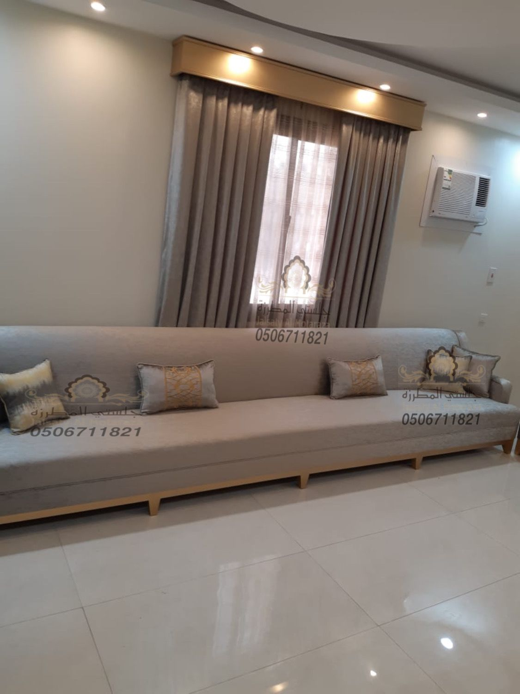 كنب طويل من تصميم وتنفيذ جلستي المطرزة جوال التواصل 0506711821 Dressing Room Design Home Room Design House Interior
